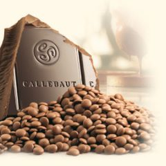 Callebaut 31.7% Milk Chocolate Callets  C823